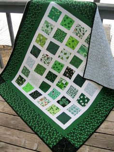 Cute St. Patrick's Day Quilt.  Made a little smaller and it would be a fun wall quilt.