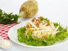 Celerový salát s jablkem Cabbage, Vegetables, Food, Pineapple, Essen, Cabbages, Vegetable Recipes, Meals, Yemek