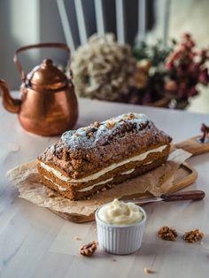 Masan Gluteeniton Banaanikakku | Annin Uunissa Baking Tips, Baking Recipes, Cake Recipes, Cake Mold, Fodmap, Gluten Free Recipes, Tiramisu, Free Food, Food And Drink