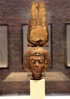 Portrait of Queen Tiy with a Crown of Two Feathers New Kingsom, dynasty, ca. 1355 BC Yew wood, silver, gold and faience inlays From Medinet el Gurob Total height cm Ancient Egyptian Art, Ancient Aliens, Ancient History, Historical Artifacts, Ancient Artifacts, Monuments, Pyramids Egypt, Amenhotep Iii, Ancient Mysteries
