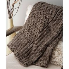 Nice big cosy blanket.  Outer Throw :: Mac and Me