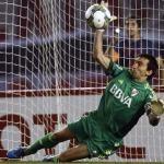 El penal que Trapito atajo contra Boca en la semifinal de la Copa Sudamericana