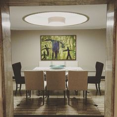 Sala de Jantar super contemporânea #camilatannousarquiteturaeinteriores #saladejantar #dinner #dinneroom ##interiores #decor #abraccio #art #walls #design #archlovers #designlovers #ligth #marble