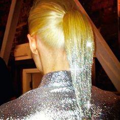 Glitter dipped hair me want