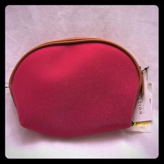 Kenneth Cole Reaction Fuchsia Make- up bag It is a sparkly new and never been used. Has a brown trim around top. . Kenneth Cole Reaction Bags Cosmetic Bags & Cases