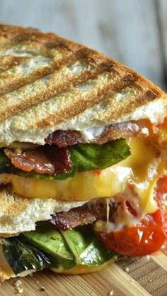 Creamy Roasted Tomato Basil Grilled Cheese with Bacon