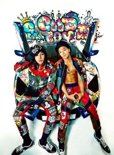 G-Dragon says he is more comfortable working with Taeyang than T.O.P | http://www.allkpop.com/article/2014/11/g-dragon-says-he-is-more-comfortable-working-with-taeyang-than-top