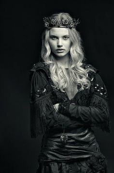 THE POISON ROSE ( Brass) www.lafioricouture.com #gothic princess