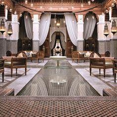 Royal Mansour Marrakech (Marrakesch, Morocco) – Book this hotel at the cheapest price on sefibo. Marrakesh, Riad Marrakech, Visit Marrakech, Marrakech Travel, Morocco Travel, Patio Interior, Interior And Exterior, Interior Design, Moroccan Design