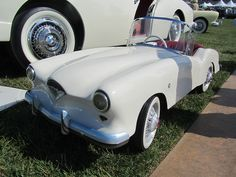 Kaiser Darrin Junior Car