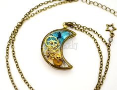 Moon And Star Resin Pendant  Steampunk Gears by LaTaniaJewelry
