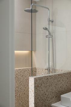 호텔 같은 집, 내 인생 최고의 소비 :) | 오늘의집 인테리어 고수들의 집꾸미기 Sink, Bathroom, Interior, Furniture, Home Decor, Sink Tops, Washroom, Vessel Sink, Decoration Home