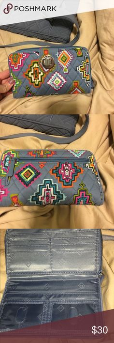 Vera Bradley Turnlock wallet Brand new used once or twice, don't need it anymore willing to negotiate Vera Bradley Bags Wallets