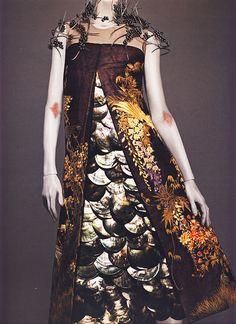 Alexander McQueen Spring/Summer 2001 | por bohemea