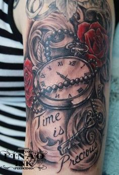Pocket Watch Tattoo Designs but with Time Marches On Paar Tattoo, 1 Tattoo, Piercing Tattoo, Body Art Tattoos, Piercings, Tatoos, Tattoo Time, Pocket Watch Tattoo Design, Pocket Watch Tattoos