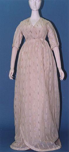 Muslin wrap dress, origin unknown, 1795-1800. White Indian ikat muslin. Courtesy of the Kyoto Costume Institute
