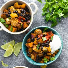 This Chili Lime Sweet Potato and Chicken Skillet recipe is a healthy one pan dinner recipe with delicious Southwestern flavor. Perfect recipe for meal prep. Serve with a dollop of yogurt and a squeeze of lime! Chicken And Sweet Potato Recipe Healthy, Healthy Potato Recipes, Healthy Potatoes, Healthy Recipe Videos, Healthy Dinner Recipes, Vegetarian Recipes, Chicken Recipes, Healthy Dishes, Healthy Cooking