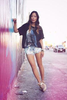 Aimee Song, de Song Of Style, fotografiada por su novio Wesley Mason.
