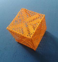 Een kubus geklost