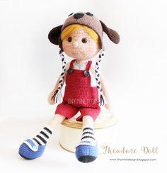 Amigurumi,amigurumi doll,amigurumi theodore doll,crochet,crochet toys,crochet dolls,handmade toys,handmade dolls,tiny mini design,amigurumi pattern, örgü oyuncak,örgü oyuncak bebek,el yapımı oyuncak,sağlıklı oyuncak