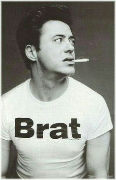 Few people know that Robert Downey Jr. is the only celebrity crush I'll ever have and also I need to make a shirt like this Robert Downey Jr., Robert Downey Jr Young, Hot Men, Sexy Men, Hot Guys, Beautiful Men, Beautiful People, Pretty Men, Le Male