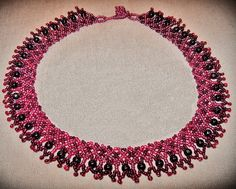 Free pattern for necklace Sweet Berry Click on link to get pattern - http://beadsmagic.com/?p=4990
