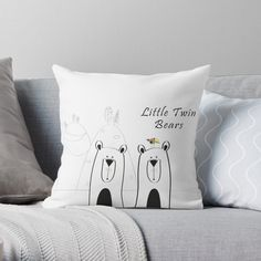 If a full redecorating project isn't in your budget, consider this inexpensive idea to give your room new life.Liven up your living room or bedroom with throw and floor pillows! Designer Throw Pillows, Pillow Design, Floor Pillows, Wall Tapestry, Duvet Covers, Living Room Decor, Twins, Budget, Nursery