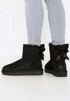 black bailey uggs