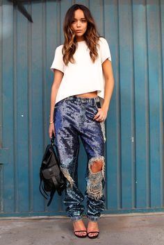 love these crazy embellished ripped and sparkly boyfriend jeans <3