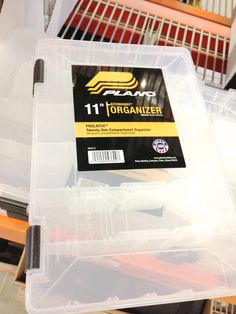 Inexpensive organization solutions! Container Organization, Kitchen Organization, Organizing, Organize Plastic Containers, I Spy, Getting Organized, Cleaning, Kitchen Organisation, Home Cleaning