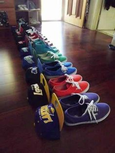 Guys these are great too wear to class, and around the house, but make sure to leave these at home for an interview.   Snapbacks & shoes... I want some of them!! http://www.wonderfulsnapbackswholesale.com/