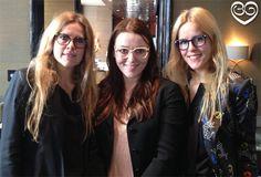 Hier laten Spijkers en Spijkers hun brillen zien, het zijn simpele maar toch erg leuke brillen.