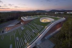 Out of the Ordinary - D·Lim architects, CJ Nine Bridges. Photo © Joonhwan Yoon