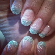 54 reasons shellac nail design is the manicure you need in 2019 24 – JANDAJOSS. Fancy Nails, Bling Nails, Pretty Nails, Sexy Nails, Chloe Nails, Nail Art 2014, Shellac Nail Designs, Finger Nail Art, Cute Nail Art