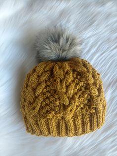 Ravelry: Wexel Beanie pattern by Payneless Ideas Poncho Knitting Patterns, Arm Knitting, Knitting Designs, Knit Patterns, Beginner Knitting Projects, Knitting Magazine, Beanie Pattern, Knitting Accessories, Knitted Hats
