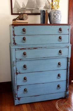 The Grantham Dresser and Nightstands (Before & After) - Finding Silver Pennies