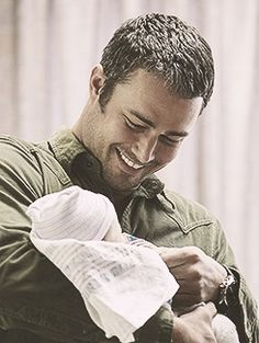 Somewhere along the way I have totally missed Taylor Kinney before. Until I started watching Chicago Fire and then the obsession started. Maria Jose, Lancaster, Chigago Fire, Taylor Kinney Chicago Fire, Male Model Names, Jake Miller, Teen Wolf Boys, Chicago Shows, Chicago Med