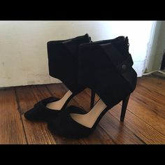 Joes jeans high heeled sandals Joes jeans heels. Black suede. Worn once. Have too many shoes that all look the same! Joe's Jeans Shoes Heels