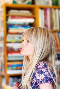 Little girl at school | © Anne Dillner / Scandinav Bildbyrå #Girl #Blonde #School #Hair #Shelves
