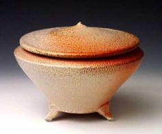 Linda McFarling pottery