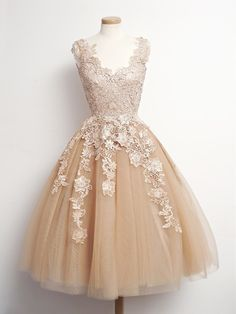 princess prom dresses,Champagne A-line Scoop Short Mini Tulle