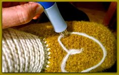Arkimamman Arkiralli: Huovutetut virkatut tossut OHJE Diy Crafts, Make Your Own, Homemade, Craft, Diy Artwork, Diy Crafts Home