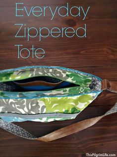 FREE, step-by-step tutorial to make the perfect carry-everywhere tote bag. With an outside zipper pocket, side pockets, a key clip, lots of space inside, and an adjustable strap, it has become my FAVORITE bag this summer!