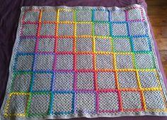 Finished! #crochet #grannysquare #woollyvixcrochet #sfmgsswoon #crochetgirlgang #stylecraftspecialdk #rainbowcrochet