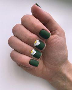Sunflower Nail Art, Daisy Nail Art, Daisy Nails, Cute Nails, Pretty Nails, Acylic Nails, Les Nails, How To Grow Nails, Green Nails