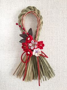 Unique Flower Arrangements, Unique Flowers, Christmas Crafts For Kids, Christmas Wreaths, Japanese Ornaments, Japanese New Year, Japanese Style, Mother's Day Bouquet, Diy And Crafts