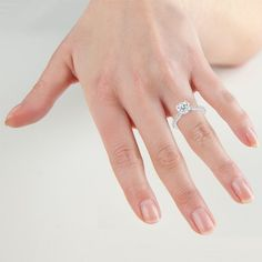 Manicures To Match Your Engagement Ring Vashi Blog Jewellery Pinterest Manicure And