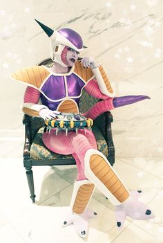 frieza, dragon ball z.... THIS PIC FURTHER PROVES MY THEORY THAT FREEZA IS A GIRL... #TRUTH