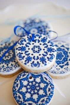 Hostess with the Mostess® - Delft Inspired Christmas by Little Big Company, Just Call Me Martha and Lily Chic Events