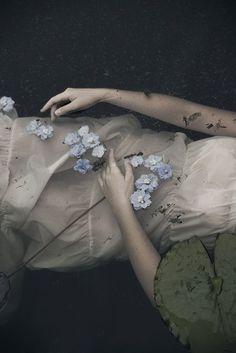Dreamy aesthetic, pale flowers, drifting to sleep